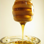 honey is used in natural healing